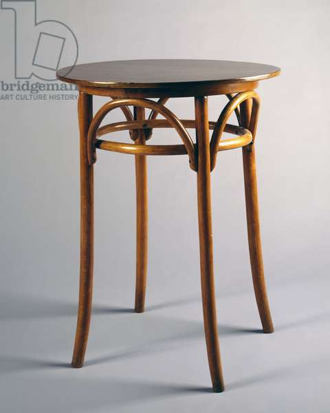 Thonet style table, 1920, bentwood, Italy, 20th century