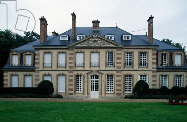 Mareuil-sur-Ay castle, 18th century, Mareuil-sur-Ay, Champagne-Ardenne, France
