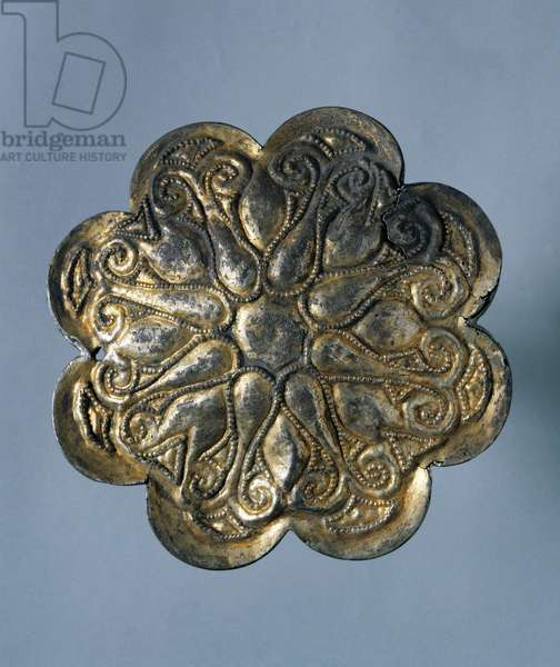 Silver gilt harness plaque in shape of a rosette with eight petals, jewelry, Mongolian Civilization, 10th-13th Century