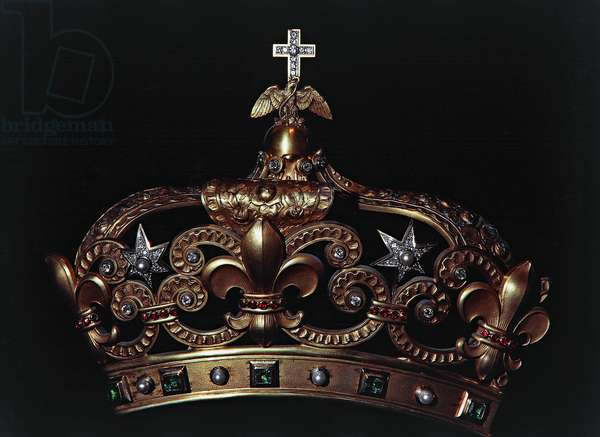 Mexican crown kept in treasury of Notre-Dame Cathedral (UNESCO World Heritage List, 1991), Paris, Ile-de-France, France