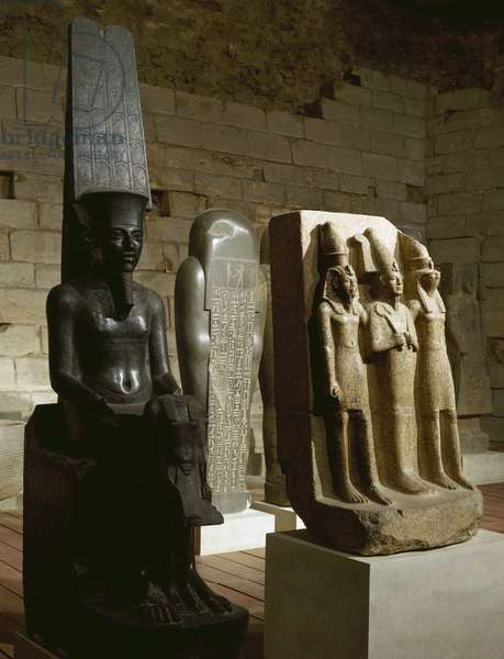 Egyptian statuary in the Louvre Museum