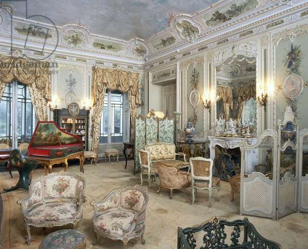 Louis XV-style cabinet, Villa Malfitano Whitaker, Palermo, Sicily. Italy, 19th century.