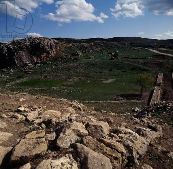 View of archaeological site of Hattusa (Bogazkoy), capital of Hittite empire (Unesco World Heritage List, 1986), Bogazkale, Turkey, Hittite civilization, 2nd millennium BC