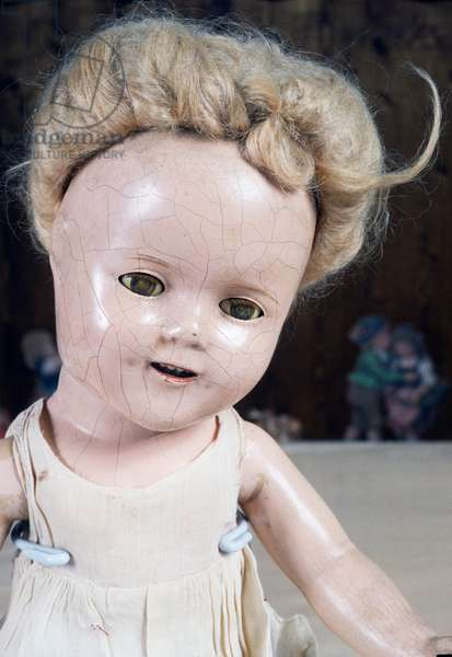 Shirley Temple doll before restoration