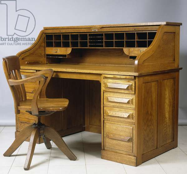 Roll-top desk, 1920, oak, Cutler Desk Co, Buffalo, United States of America, 20th century