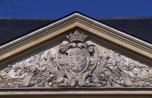 Pediment of Chateau de Coubertin, Saint-Remy-les-Chevreuse, Ile-de-France, France, 17th-18th century.