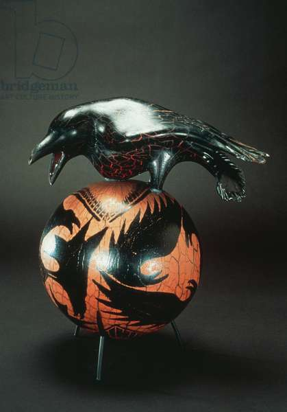 Crow upon ball, 2000, William Morris (1957-), blown glass piece, Stanwood, Seattle, United States of America, 20th century
