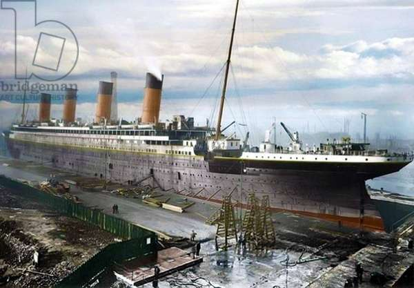 Fitting out the Titanic, c.1912 (photo)