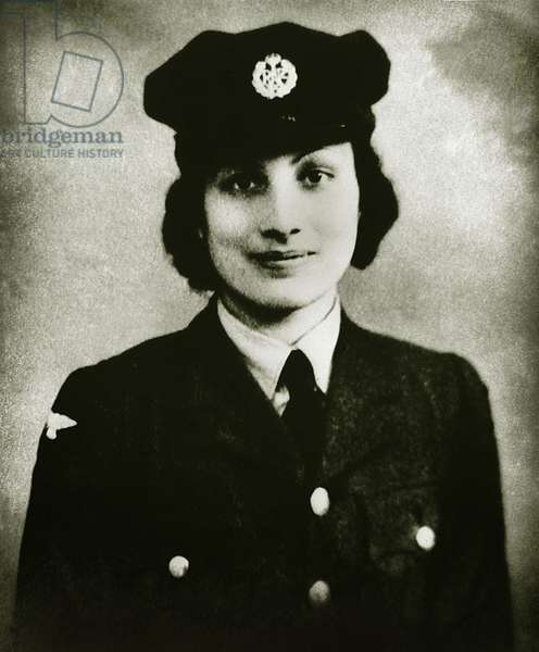 Noor-un-Nisa Inayat Khan in military uniform, ca 1943 (b/w photo)