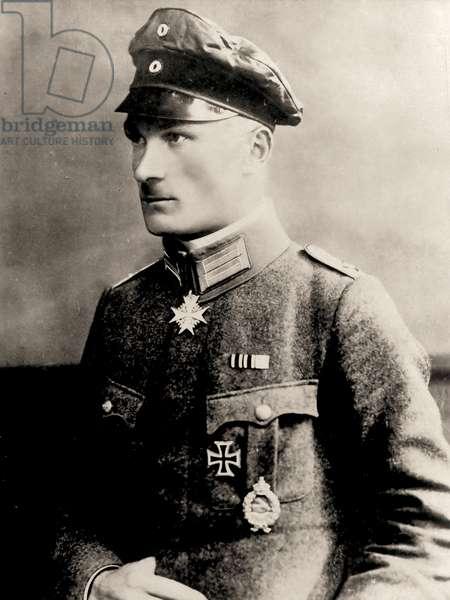 Portrait of Manfred von Richthofen, c.1915 (photo)
