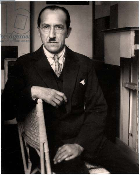 Seated portrait of Piet Mondrian, Paris, France c.1926 (b/w photo)