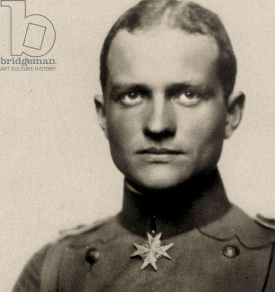 Portrait of Manfred von Richthofen, c.1917 (photo)