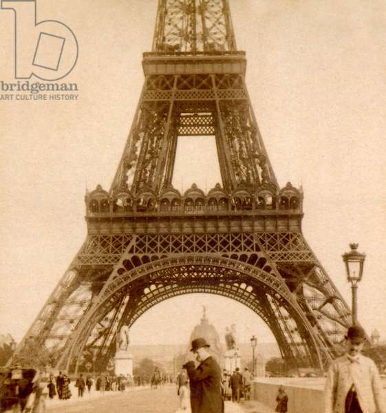 View of Eiffel Tower and Ecole Militaire from Pont d'Iéna,Paris, France (photo) 1894