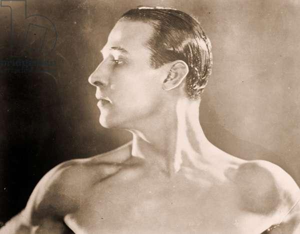 Portrait of Rudolph Valentino (1895 – 1926) (b/w photo).