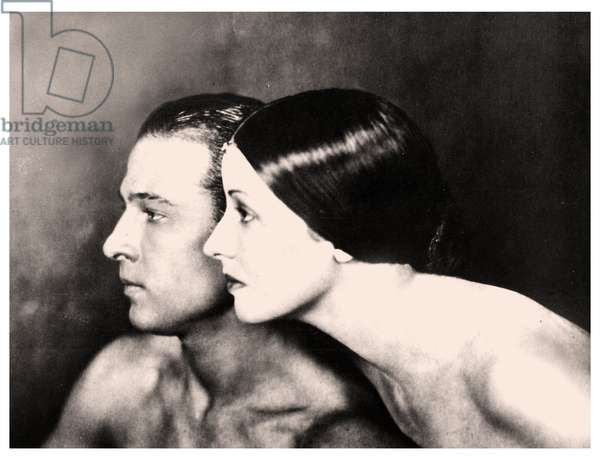 Portrait of Natacha Rambova and Rudolph Valentino, c.1923 (photo)
