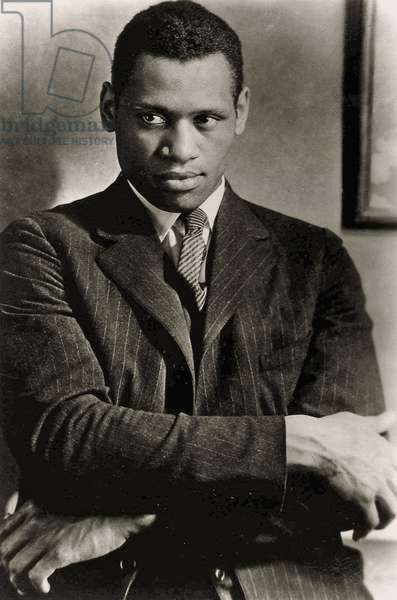 Portrait of Paul Robeson ( 1898 - 1976) (sepia photo).