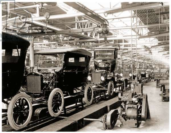 Ford assembly line, Detroit. 1924 (b/w photo)