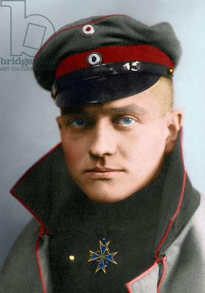 Portrait of Manfred von Richthofen, The Red Baron 1917 (photo)