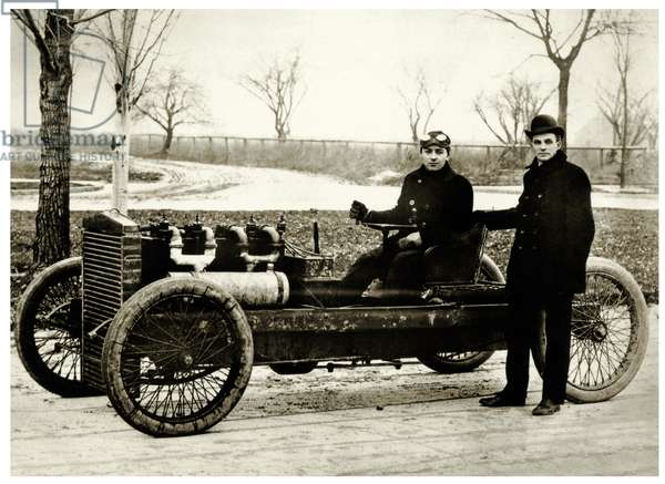 "Barney Oldfield & Henry Ford with the ""999"" racing automobile , 1902 (b/w photo)"