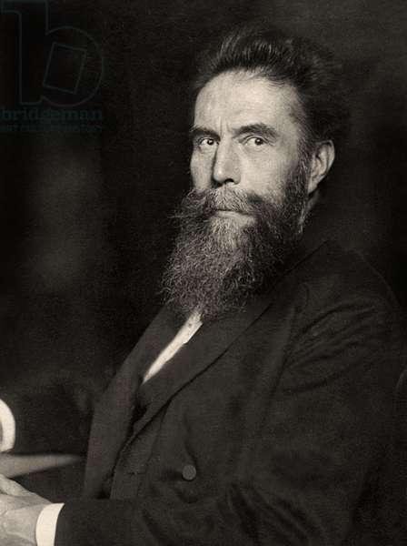 Portrait of Wilhelm Röntgen, 1915 (photo)