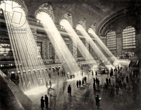 Grand Central Terminal, New York c.1930 (b/w photo)