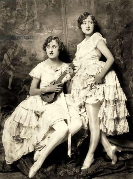 Ziegfeld Follies performers c.1925 (b/w photo)