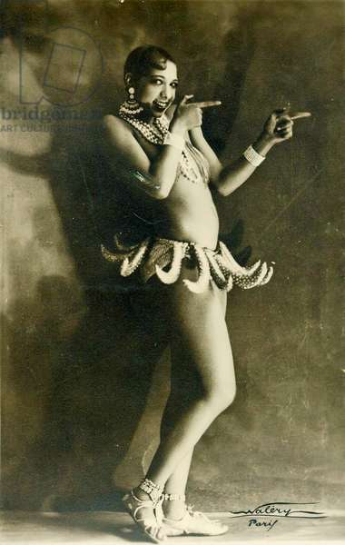 Josephine Baker wearing her famous Banana costume c.1927 (b/w photo)