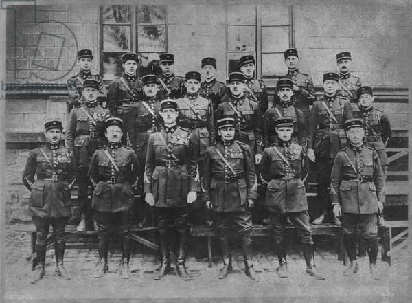 Charles de Gaulle (1890-1970) Commander of the 19th Infantry Battalion of chasseurs and his officers, Trier, 1927-28 (b/w photo)