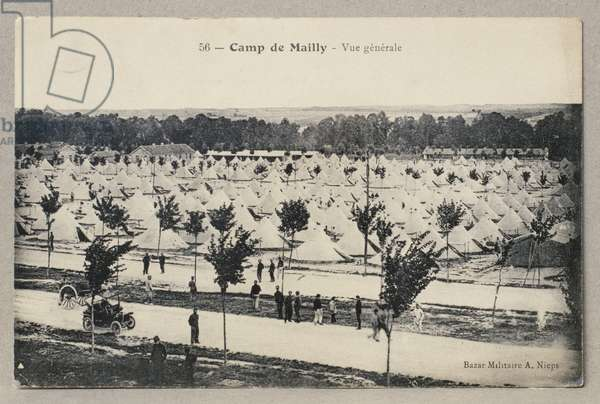 Postcard sent by Charles de Gaulle to his father Henri from the camp of Mailly, 19th July 1911 (recto) (see also 345883) (b/w photo)
