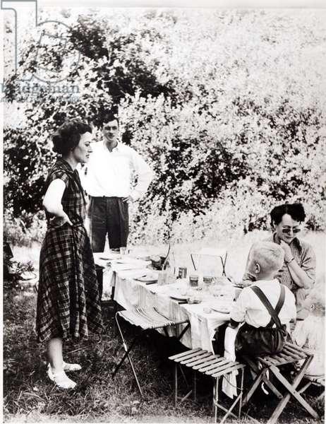 De Gaulle family picnic at the Dhuits springs, near Colombey-les-Deux-Eglises, 1954 (b/w photo)