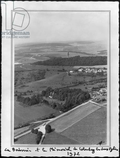 Aerial vew of La Boisserie and the Memorial of Colombey-les-Deux-Eglises, 1972 (b/w photo)
