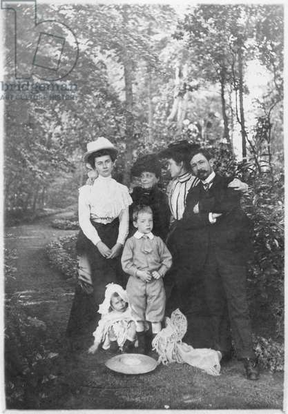 The Vendroux family at Coulogne, near Calais, 1904 (b/w photo)