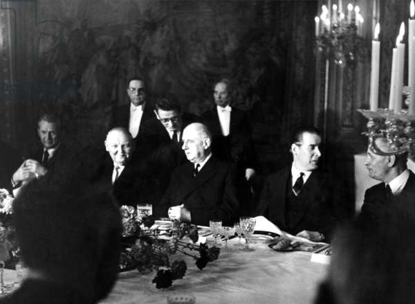General de Gaulle and the German Chancellor Erhard having lunch at the Élysée Palace, 15 February 1964 (b/w photo)