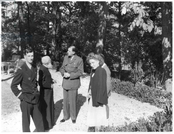 General de Gaulle (1890-1970) with his son Philippe (b.1921) in the garden of La Boisserie, 1944 (b/w photo)