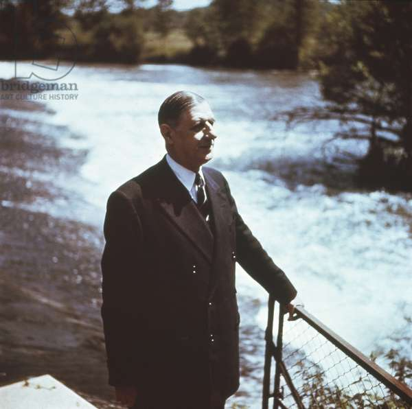 General Charles de Gaulle (1890-1970) at the Dhuits springs, near Colombey les Deux Eglise, 1955 (photo)