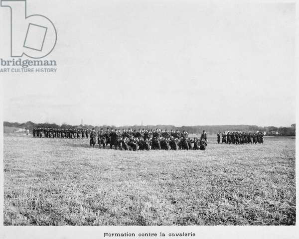 Lieutenant Charles de Gaulle (1890-1970) during his military training in the 33rd Infantry Regiment, formation against the cavalry, c.1913 (b/w photo)