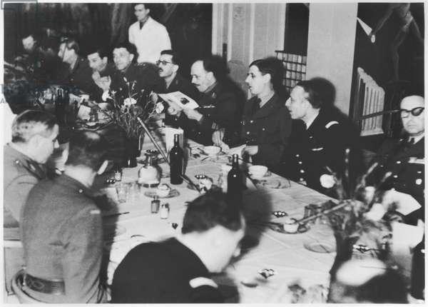 General Charles de Gaulle (1890-1970) (left) Air Chief Marshal Francois d'Astier de la Vigerie (right) Lieutenant Colonel de la Gatinerie in the French officers mess, London, December 1942 (b/w photo)