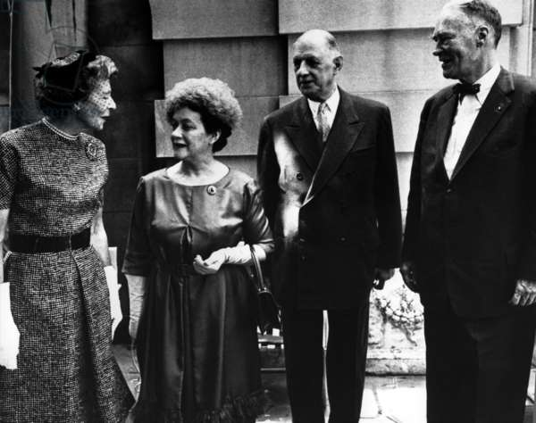 General de Gaulle with Christian A. Herter, Madame de Gaulle and Mary Caroline Herter, in front of Anderson House, Washington D.C., 22 April 1960 (b/w photo)