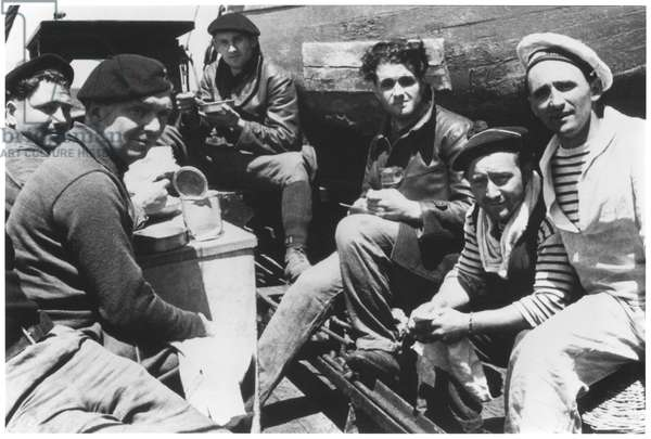 St. Jean de Luz, the crew having lunch on the quay, 21st June 1940 (b/w photo)