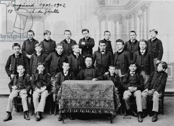 Charles de Gaulle (2nd row, 2nd L) Third form (1901-02) at the Immaculee Conception School, rue de Vaugirard, Paris, 1902 (b/w photo)