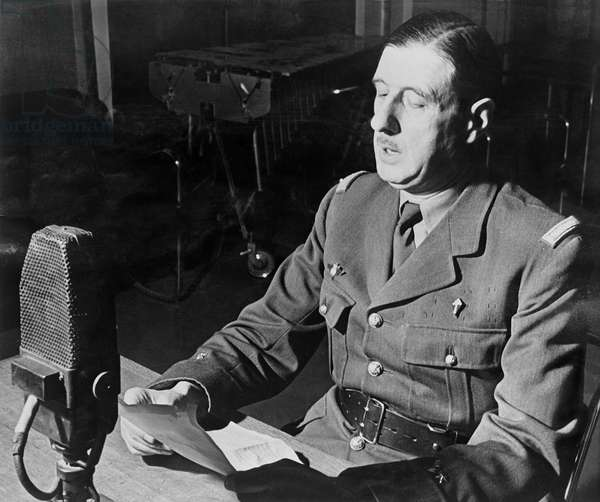 General Charles de Gaulle (1890-1970) making a speech at the BBC in London, 18 June 1940 (b/w photo)