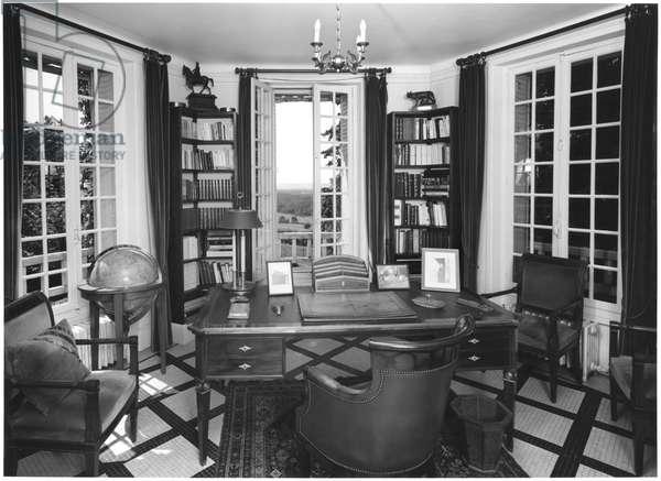 'La Boisserie' in Colombey-les-Deux-Eglises, the study of General Charles de Gaulle (1890-1970) 1991 (b/w photo)