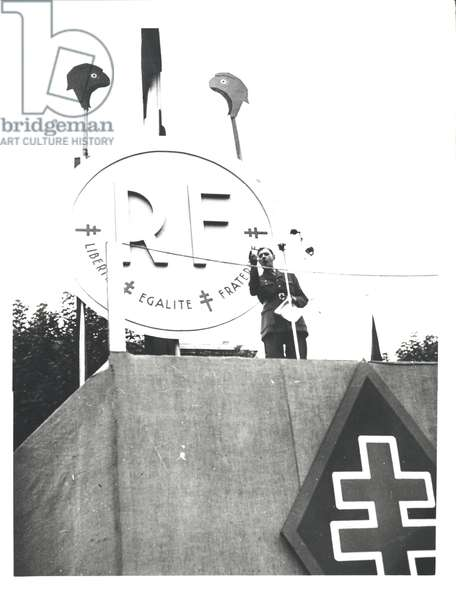 Charles de Gaulle (1890-1970) making a speech for the R.P.F, 1947-48 (b/w photo)