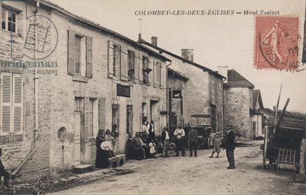 Postcard depicting Colombey-les-Deux-Eglises, the White Horse Hotel, 1924 (photo)
