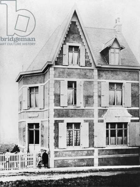 St. Patrick summer house at Wimereux where Charles de Gaulle (1890-1970) used to go as a child, c.1900 (b/w photo)