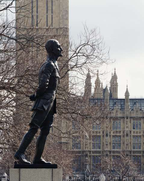 Field Marshal Jan Christiaan Smuts by Jacob Epstein (photo)