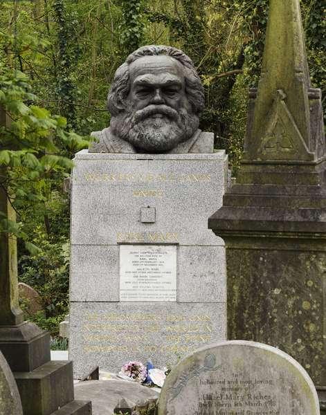 Karl Marx by Laurence Bradshaw (photo)
