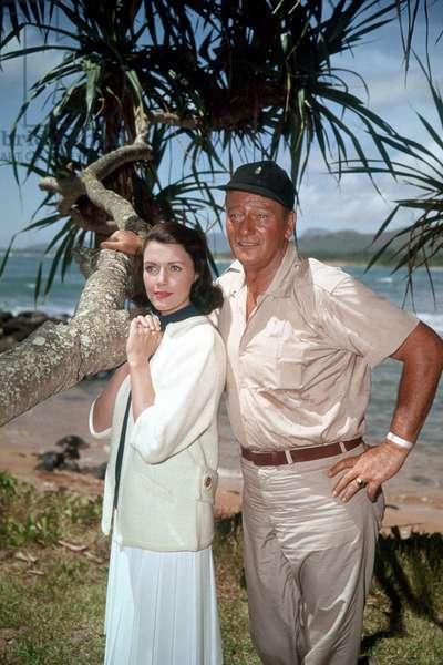 Donovan's Reef - La taverne de l'irlandais 1963 directed by John Ford (photo); Paramount Pictures; Elizabeth Allen; John Wayne