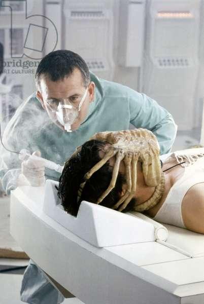 Ian Holm / John Hurt, Alien 1979 Directed By Ridley Scott