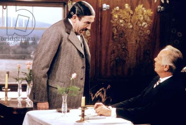 MURDER ON THE ORIENT EXPRESS, 1974 directed by SIDNEY LUMET Albert Finney and Richard Widmark (photo)